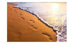 Vliesová fototapeta Stopy na pláži 0193